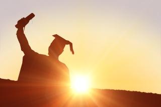 """初级会计资格证书优势在哪里?""""一年多考""""会施行吗?"""